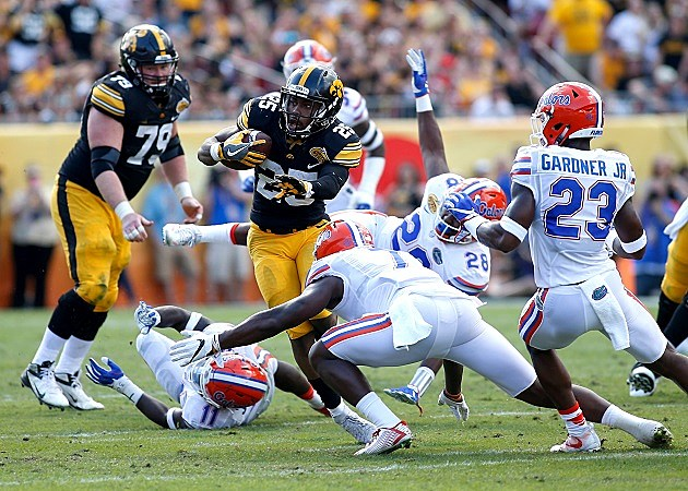 Iowa running back Akrum Wadley